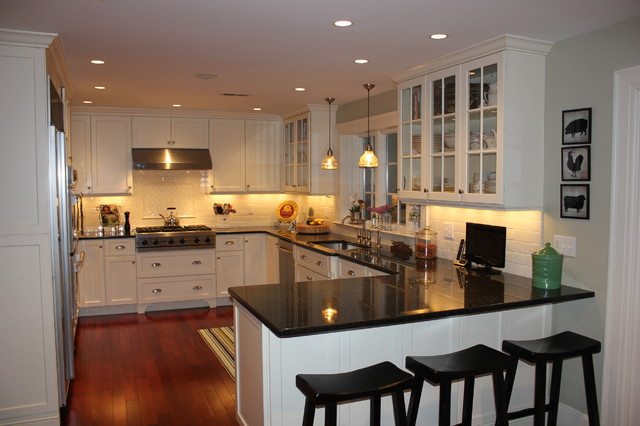 RUSSELL PROJECT traditional-kitchen