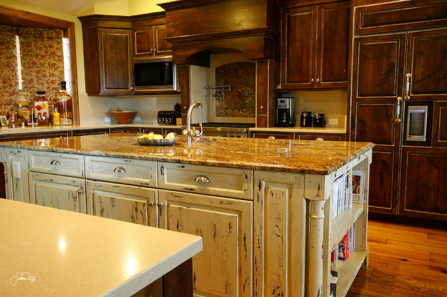 Rustic Alder Wood Traditional Style Kitchen - Traditional - Kitchen - Other - by Calder Creek ...