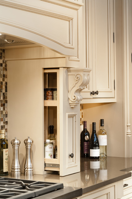 Talan A Door, Denver, CO - Greenfield Cabinetry traditional-kitchen