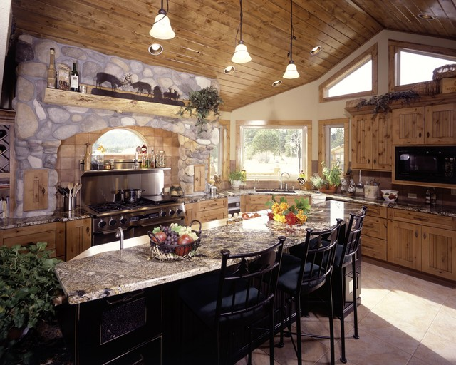 Rustic and country kitchens traditional kitchen for Traditional rustic kitchen