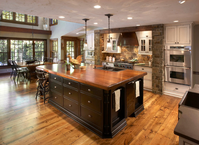 Rustic Stone Two Tone Traditional Kitchen