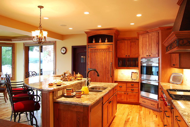 Rustic beech kitchen traditional-kitchen