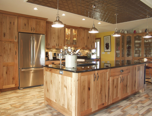 Rustic butternut kitchen for Butternut kitchen cabinets