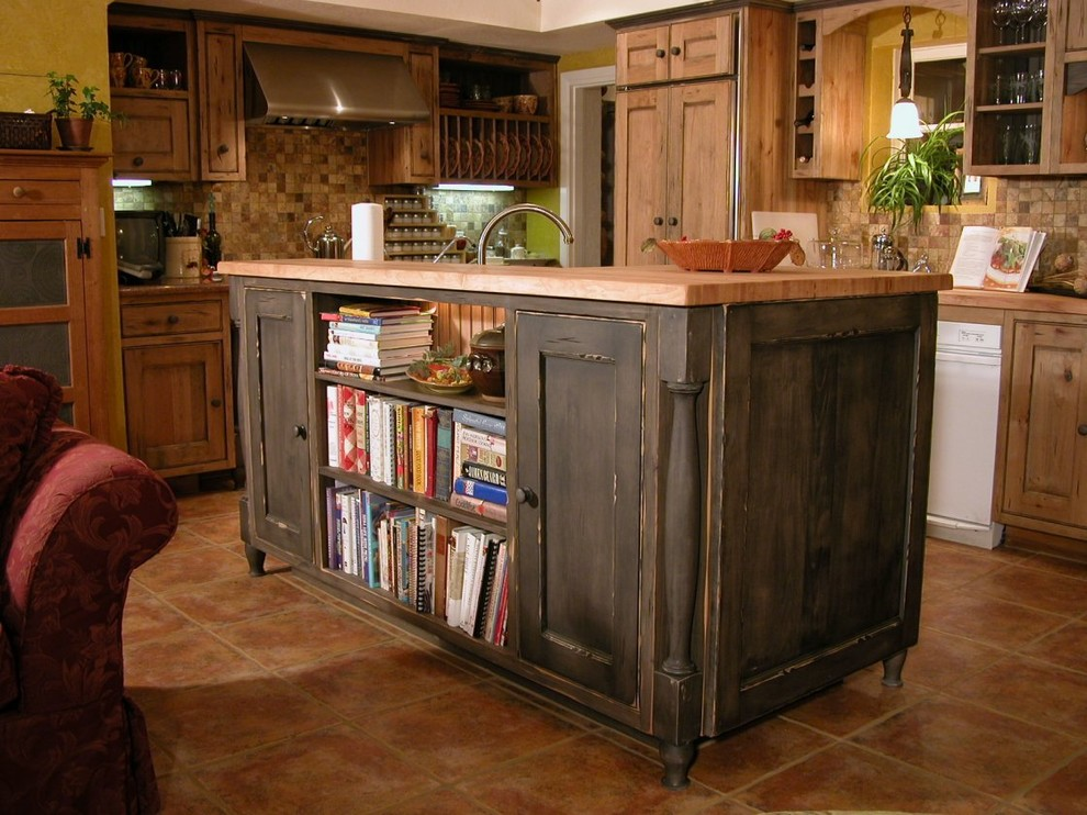 Rustic - Southwestern - Kitchen - Tampa - by Cabinet ...