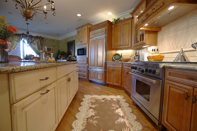 Rustic Country Kitchen traditional-kitchen