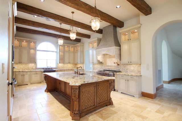 Tanglewood Residence traditional-kitchen