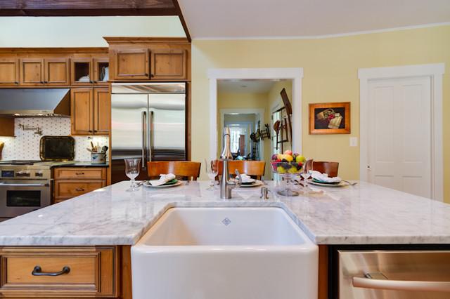 Rustic Elegant Knotty Alder Kitchen Rustic Kitchen