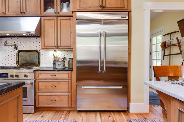 Rustic Elegant Knotty Alder Kitchen rustic-kitchen