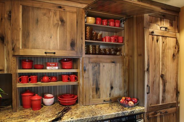 Rustic Farmstead/Hickory/Reclaimed Patina Farmhouse Kitchen