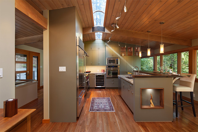 Rustic galley kitchen for Contemporary galley kitchen designs