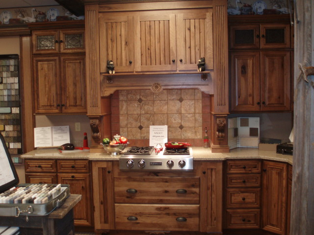 Rustic hickory showroom for Traditional rustic kitchen