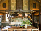 rustic kitchen 12 Rustic Touches That Add Warmth to a Kitchen (13 photos)