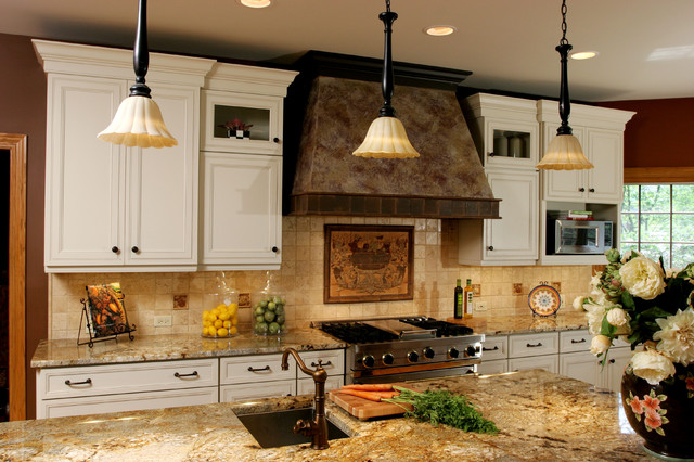 Rustic Kitchen traditional-kitchen