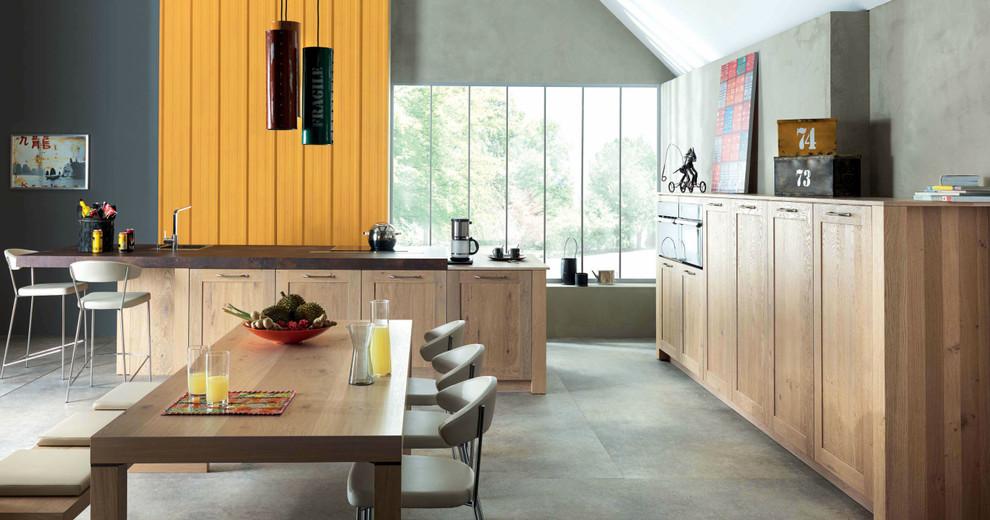 Rustic modern shaker style Kitchen by Schmidt