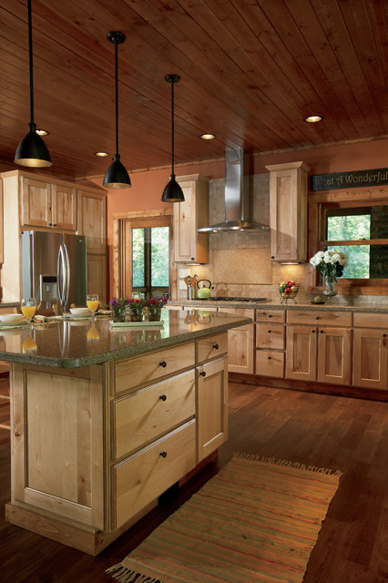 Rustic Newport Maple Natural With Chocolate Glaze Rustic
