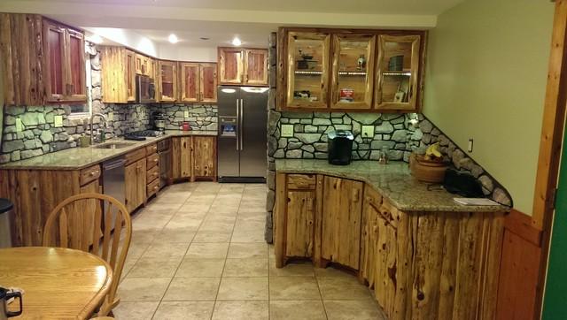 Rustic Red Cedar Kitchen With Cultured Stone Backsplash