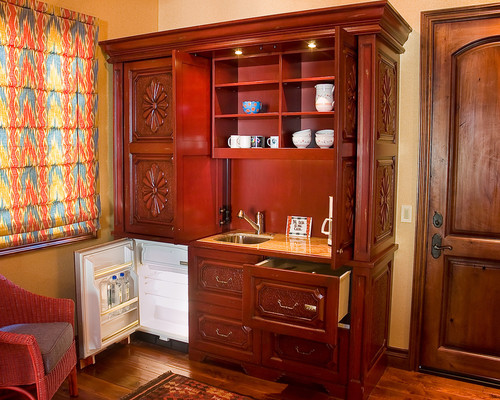 Rustic Red Kitchenette traditional kitchen