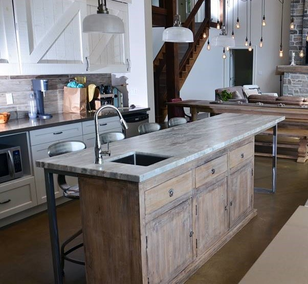 Custom Rustic Kitchen Islands 18  Metal Island Kitchen   Best 25 Rustic Industrial Kitchens