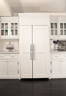 White Kitchens panelled fridge1