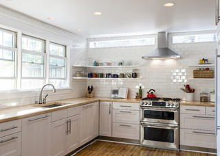 Better Circulation for a Family Kitchen and Bathroom