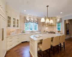 Salins Group: Charlotte, NC traditional kitchen