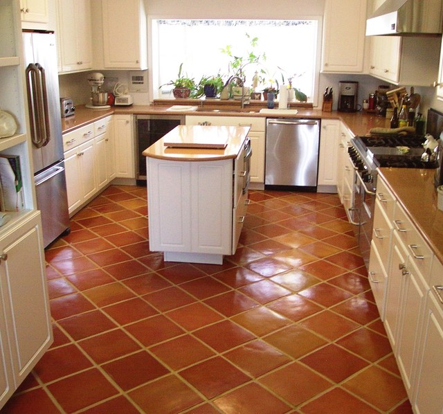 Saltillo kitchen floor tile kitchen by rustico tile for Pictures of floor tiles for kitchens