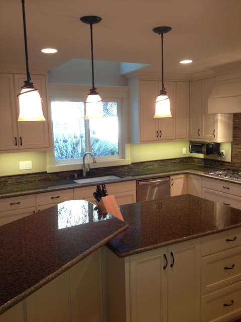 Sammamish Full Kitchen Renovation traditional-kitchen