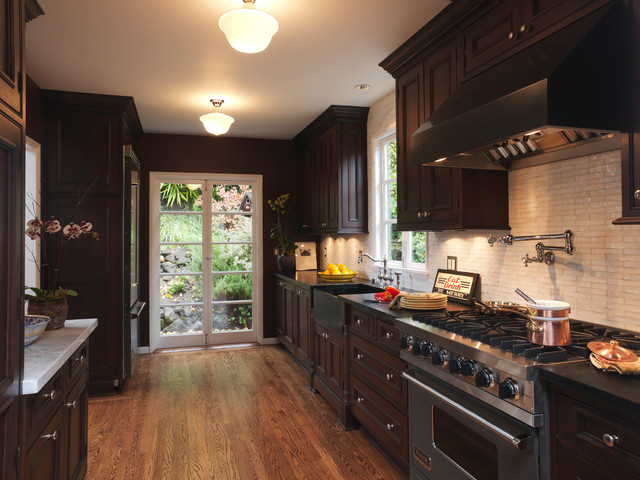 Elegant Galley Medium Tone Wood Floor And Brown Enclosed Kitchen Photo In San Francisco With