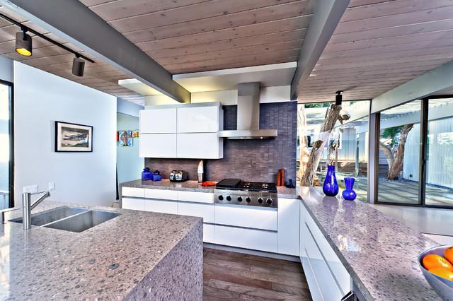 San Diego Contemporary Kitchen modern-kitchen
