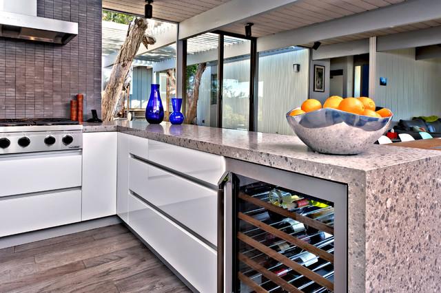 San Diego Contemporary Kitchen - Modern - Kitchen - San Diego - by Jamie Gold, CKD, CAPS