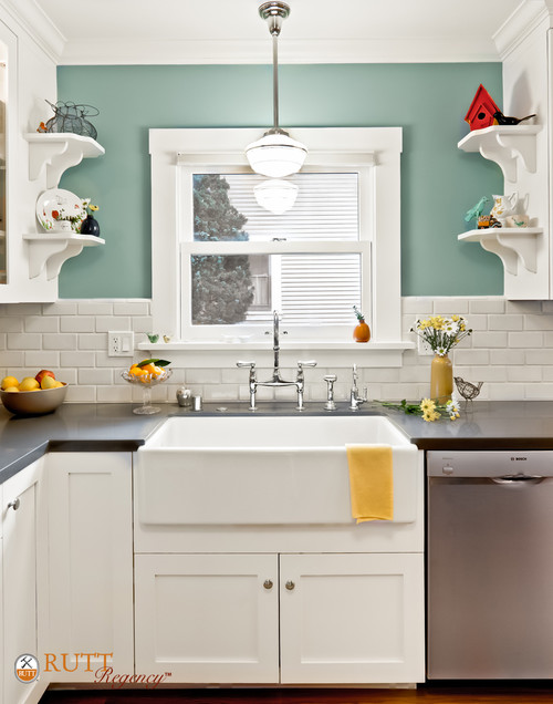 The pendant light above the kitchen sink is perfect could for Over the kitchen sink pendant lights