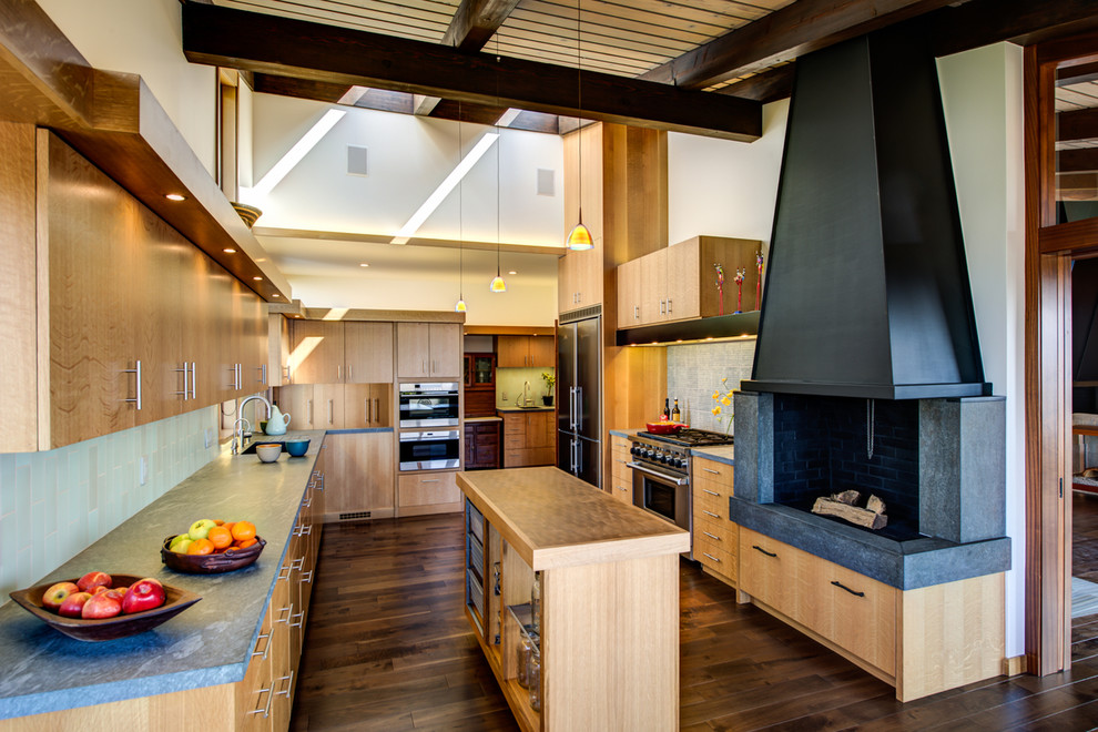 Inspiration for a large 1960s kitchen remodel in San Francisco