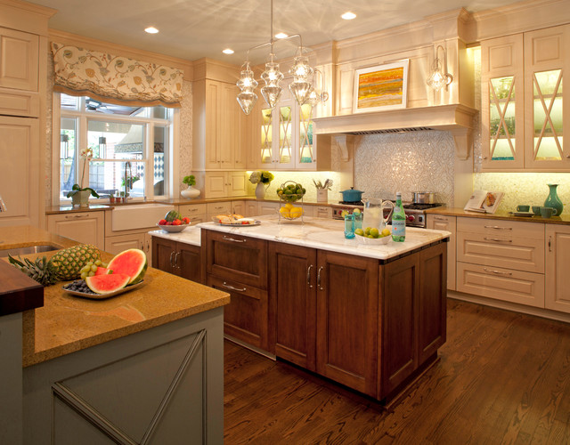 San Marco Family Home - Transitional - Kitchen - Jacksonville - by Ellen S. Dyal Interiors, Inc.