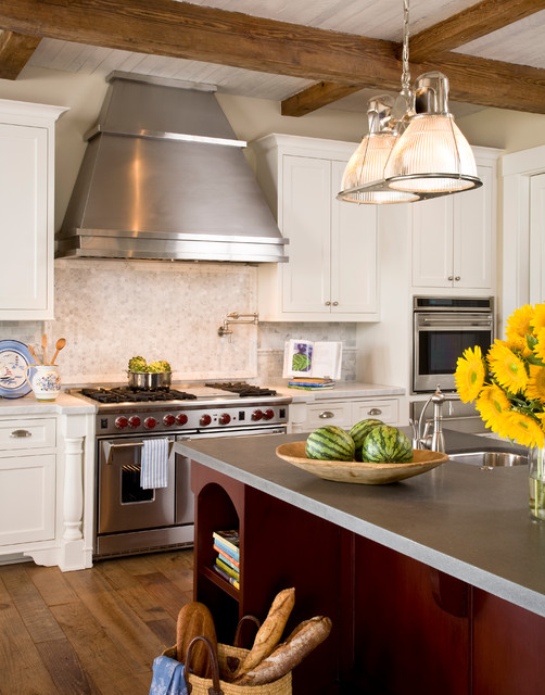 Santa barbara dutch colonial beach style kitchen for Santa barbara kitchens