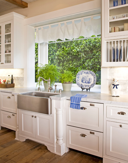 Santa Barbara Dutch Colonial - Traditional - Kitchen - Los Angeles - by Kathryne Designs, Inc