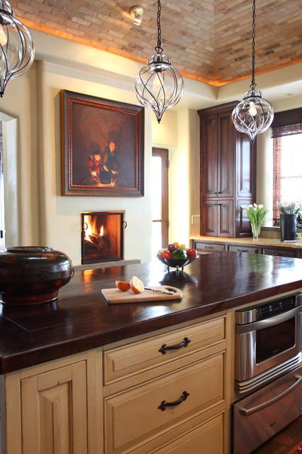 Santa Fe Residence mediterranean-kitchen