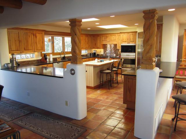 Santa fe style kitchens southwestern kitchen for Santa fe style bathroom ideas