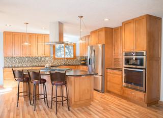Santa fe style kitchens southwestern kitchen for Albuquerque kitchen cabinets