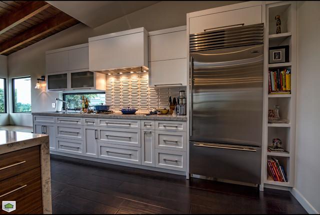 Santa Monica - Modern Remodeling modern-kitchen