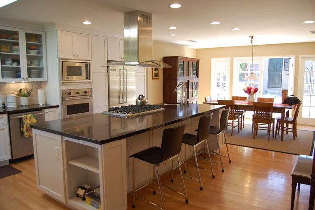 TREMAINE traditional-kitchen