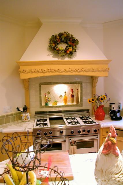 santacruzfinecabietry.com traditional-kitchen