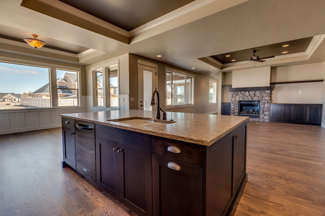 Sapphire (Patmore) traditional-kitchen