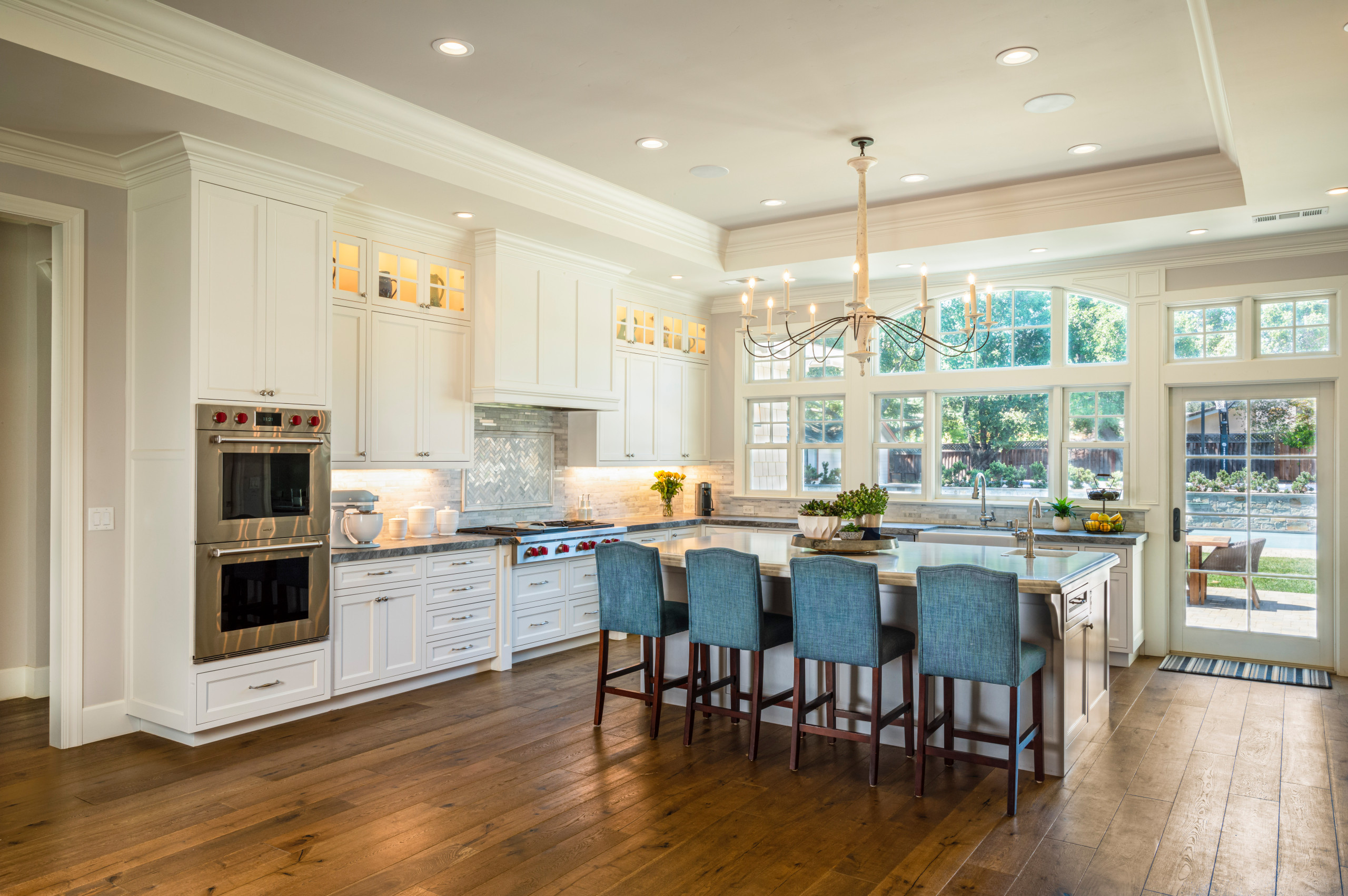 Inspiration for a transitional kitchen remodel in San Francisco