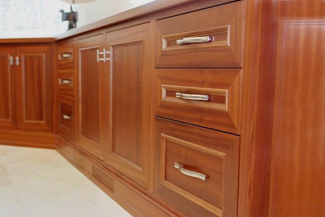 Saratoga Project 001 traditional-kitchen