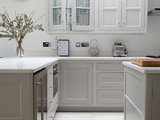 transitional kitchen Kitchen of the Week: A Fresh Take on Classic Shaker Style (8 photos)