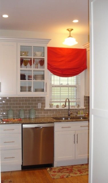Scarsdale, NY traditional-kitchen