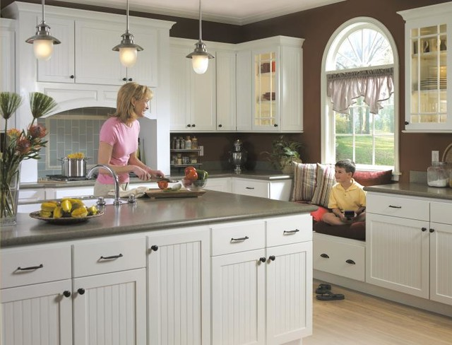 Schrock Elston Kitchen Cabinets - Traditional - Kitchen - other metro - by MasterBrand Cabinets ...