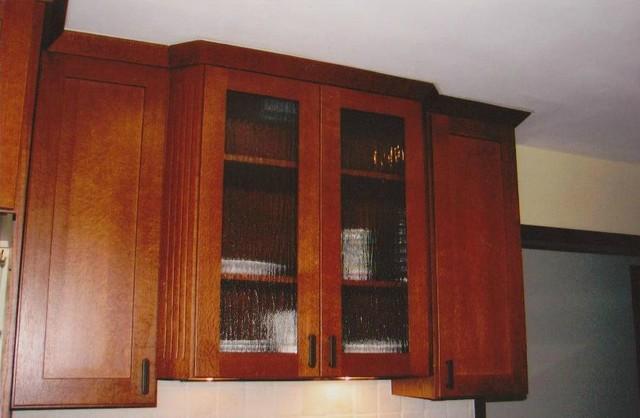 Schuler Cabinetry, Praire- Quartersawn Oak Chestnut
