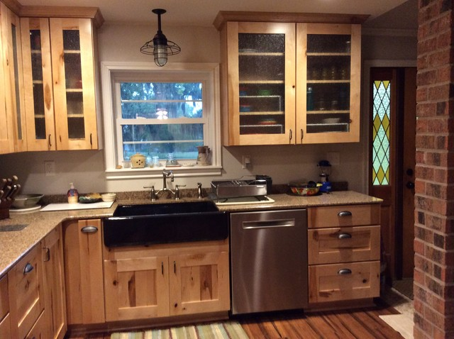 Schuler Holbrook Rustic Maple Kitchen Houston
