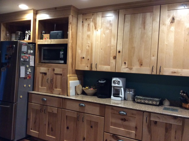 Schuler Holbrook Rustic Maple Kitchen